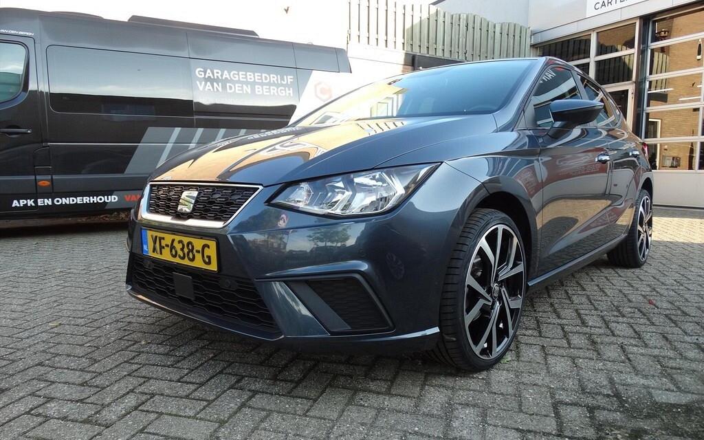 Carteam Garagebedrijf Van Den Bergh